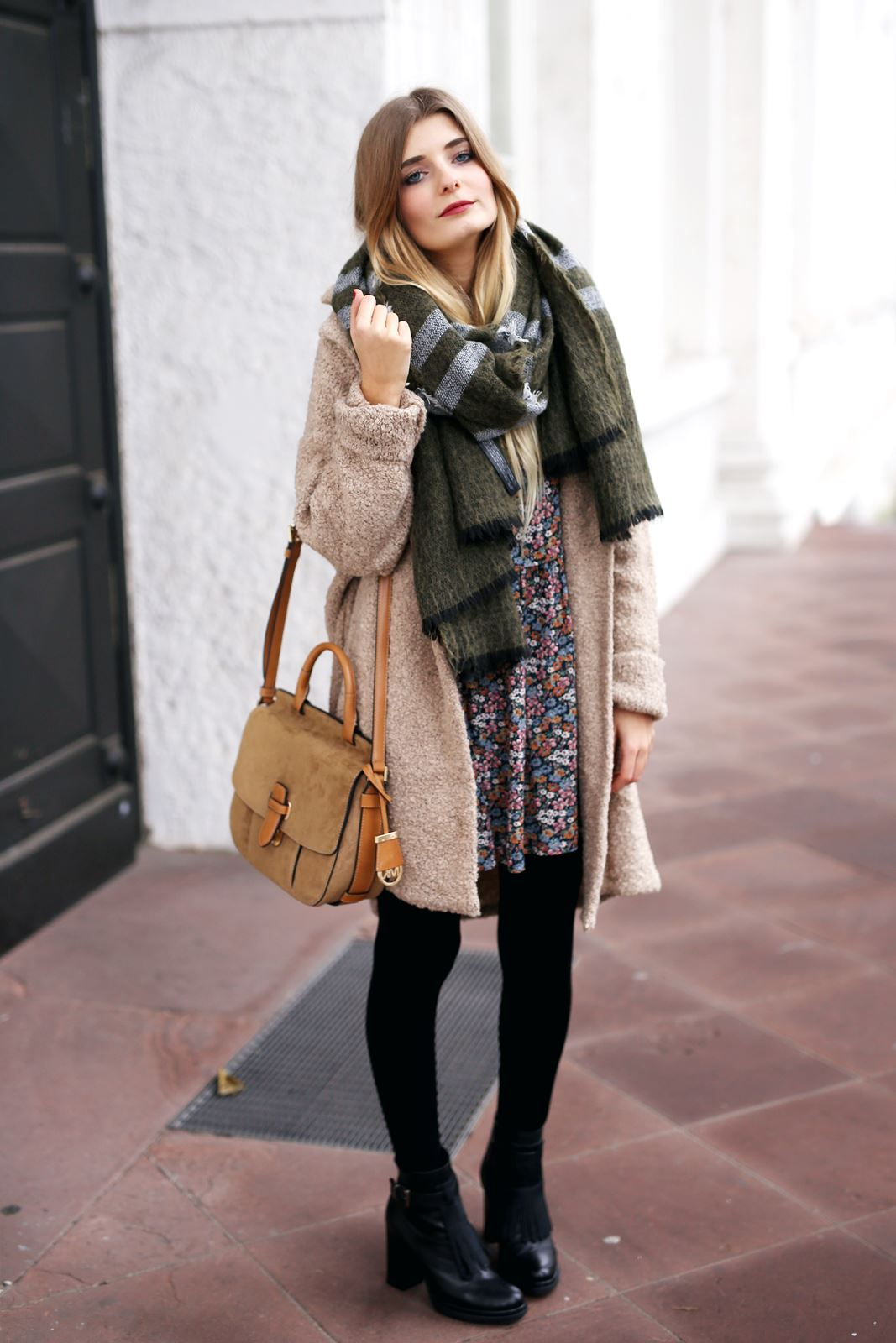 modeblog-fashion-blog-outfit-herbst-mantel-michael-kors-tasche-2