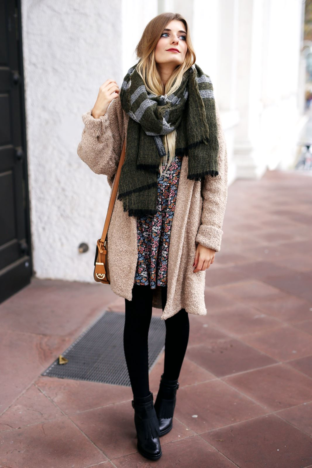 modeblog-fashion-blog-outfit-herbst-mantel-michael-kors-tasche-3