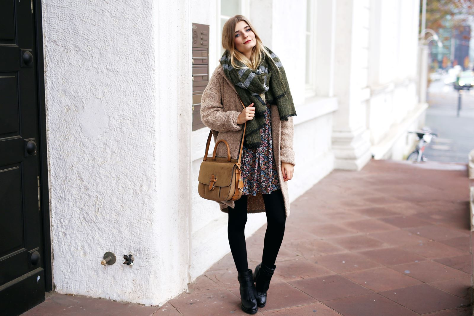 modeblog-fashion-blog-outfit-herbst-mantel-michael-kors-tasche-4