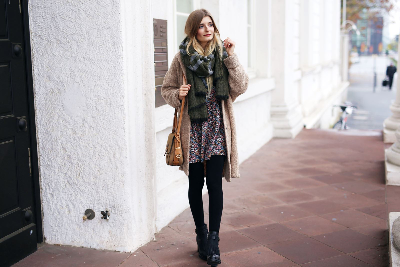 modeblog-fashion-blog-outfit-herbst-mantel-michael-kors-tasche-5