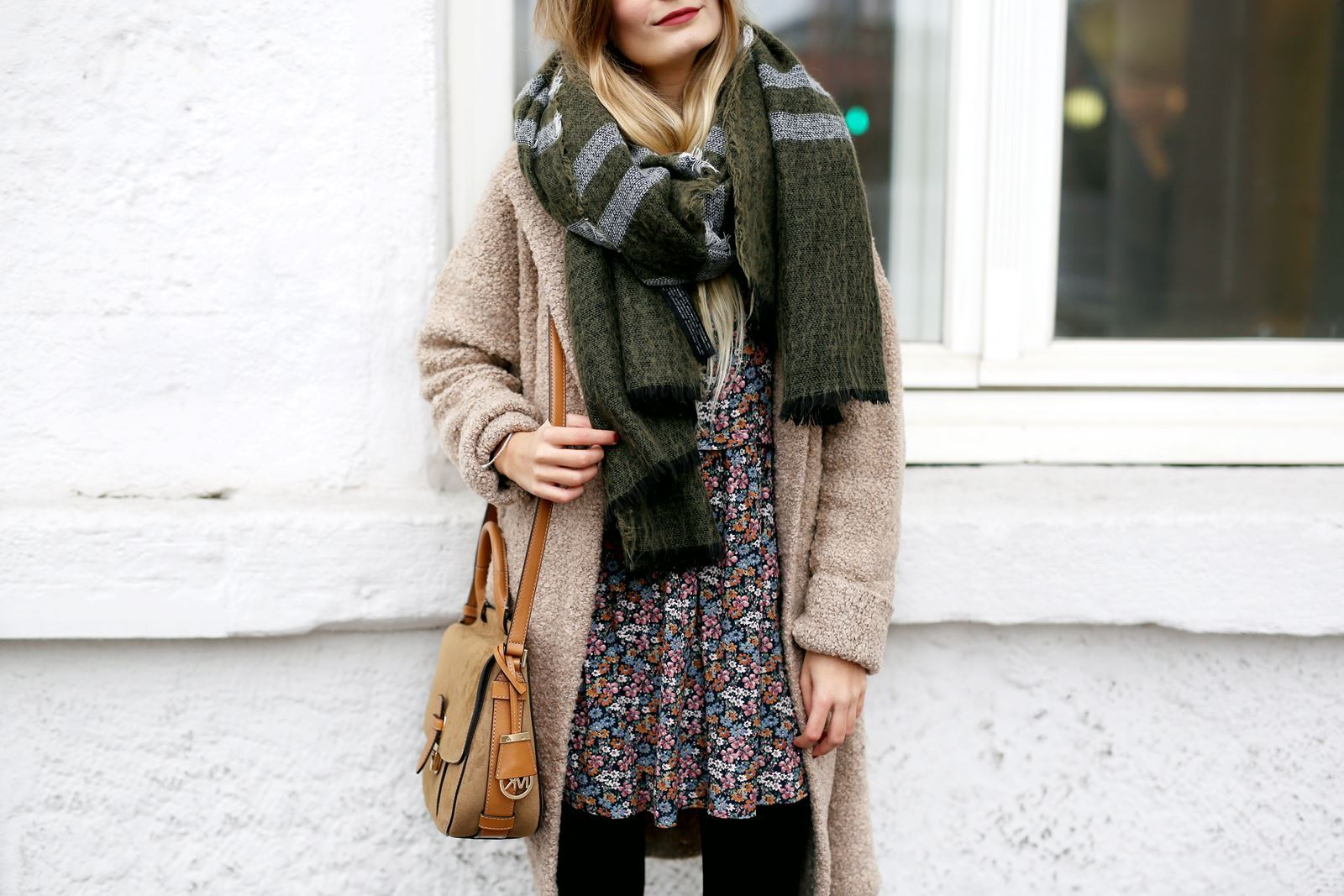 modeblog-fashion-blog-outfit-herbst-mantel-michael-kors-tasche-9