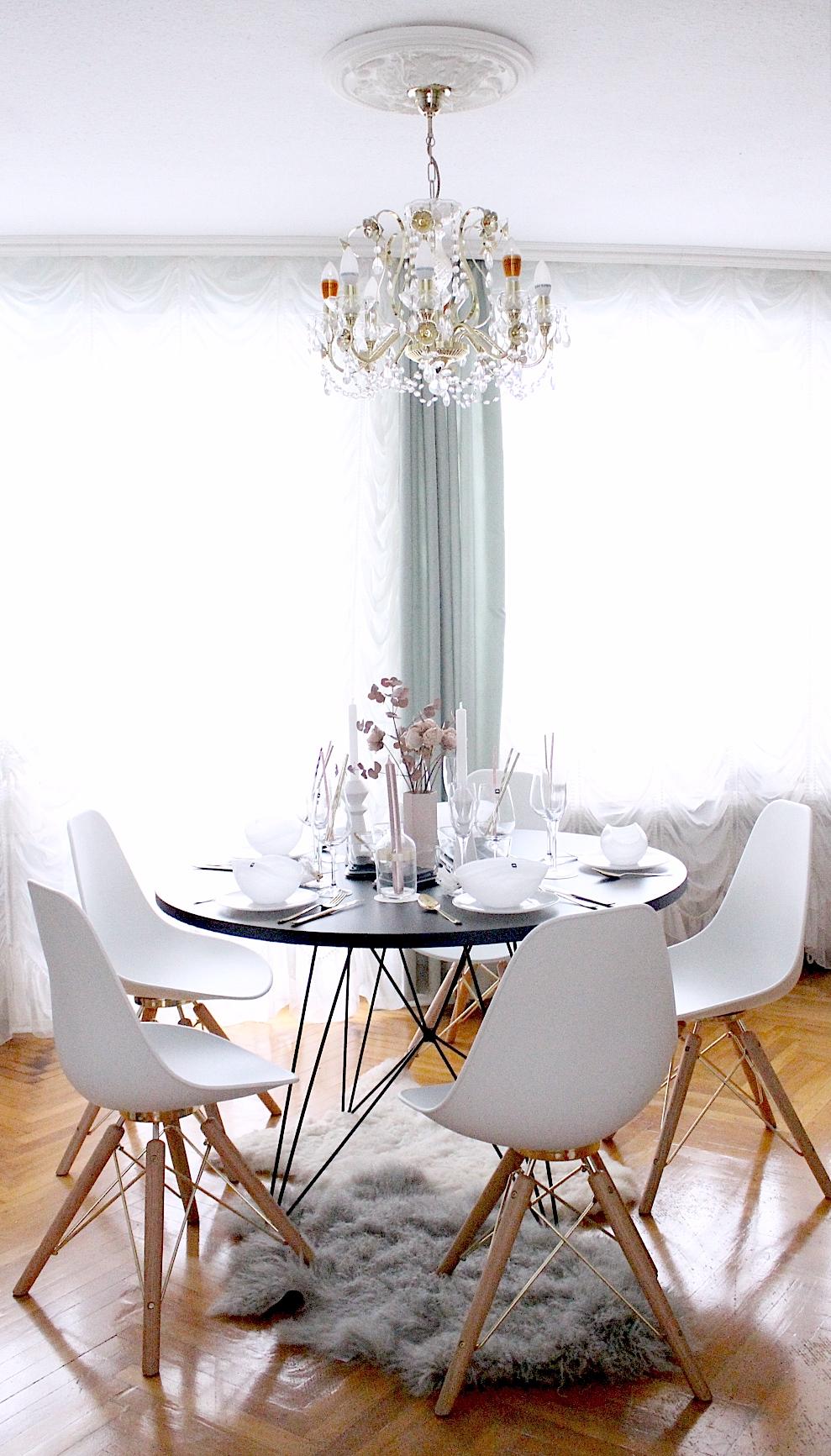 Interior Esszimmer Eames Stuhle Im Skandinavischen Esszimmer